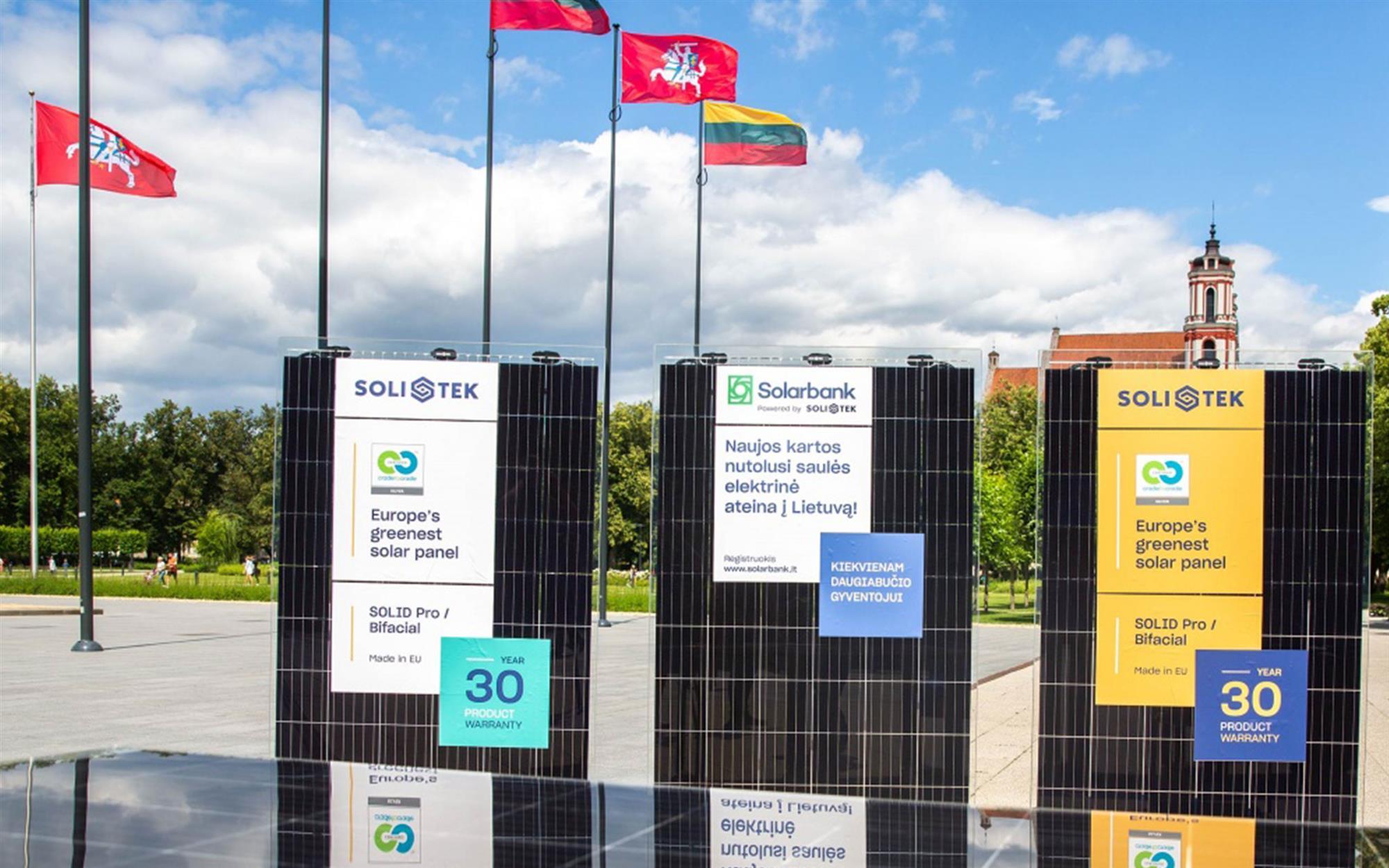 Solitek solcellepanel leveres av Midt Energi